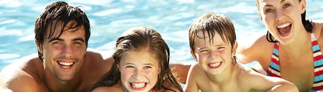 Instalación piscinas plástico poliéster Lleida Polyarmados